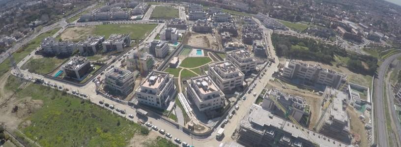 Aravaca. El Barrial. Vista aérea de la construcción de la promoción Aravaca Class II.